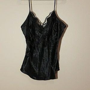New Black camisole sz XL